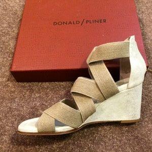Donald Pliner Women's size 10 shoes